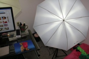 howareyoubb-cam-model-lighting-setup-right-light